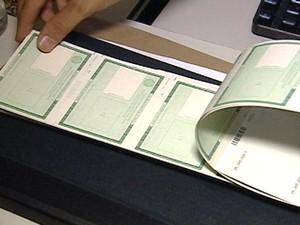 emissão documento carteira de identidade Araxá Alto Paranaíba MG (Foto: Reprodução/TV Integração)