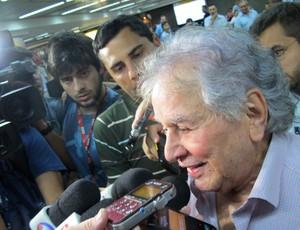 Juvenal Juvêncio desembarque São Paulo (Foto: Leandro Canônico)