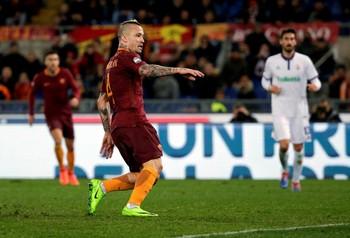 Nainggolan Roma x Fiorentina (Foto: Reuters)