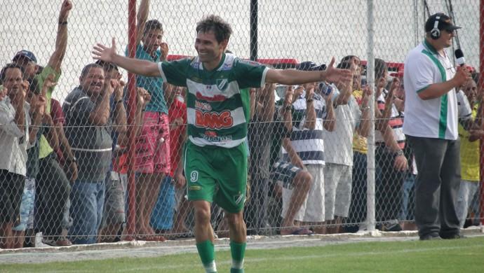 Atacante Júnior Amorim, do Murici (Foto: Leonardo Freire/GloboEsporte.com)