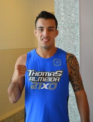 Thomas Almeida, peso-galo do UFC (Foto: Daniele Lira)