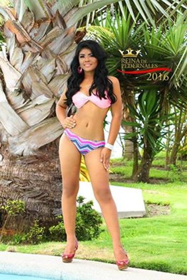 Karla Nicolle Espinoza Valencia foi candidata a miss de Pedernales (Foto: Reprodução/Facebook/Kevin Joel Domínguez)