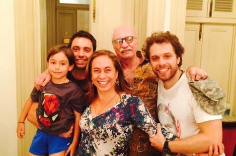 Cissa com Peréio, os filhos José e Thomaz e o neto (Foto: Arquivo pessoal)