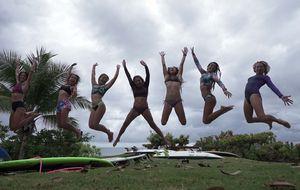 Canal OFF apresenta revelações do surfe feminino em 'Colônia de Férias'