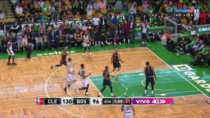 4º quarto: Celtics acerta bola de três faltando 1 minuto para o fim 130/99