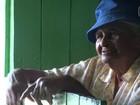 Família quilombola mantém tradição de vender castanha mesmo com seca