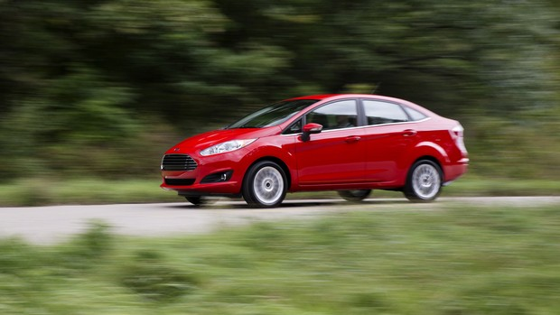 Veja fotos do New Fiesta Sedan reestilizado