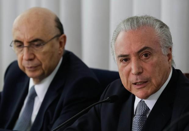 O ministro da Fazenda, Henrique Meirelles , e o presidente Michel Temer em café da manhã com jornalistas (Foto: Marcos Corrêa/PR)