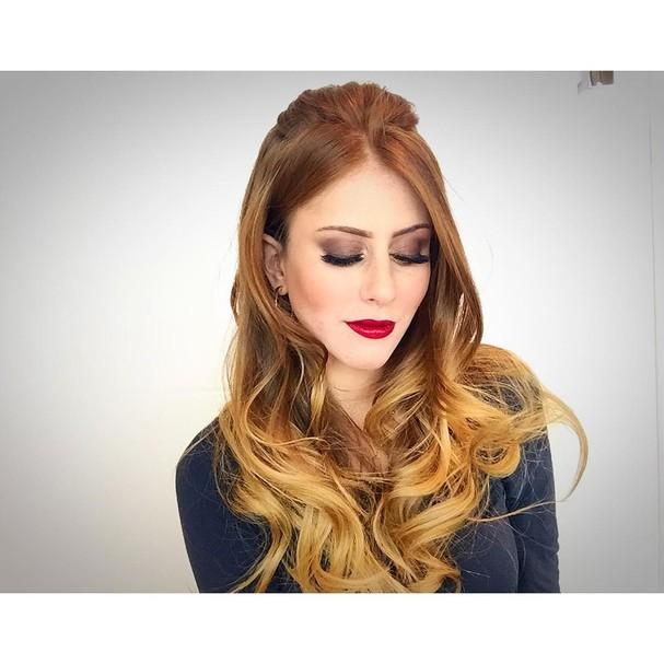 Aguarde uma entrevista só sobre o cabelo dela, que desejo!  (Foto: Reprodução Instagram)