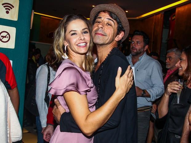 Bianca Rinaldi e Taumaturgo Ferreira em estreia de peça em São Paulo (Foto: Manuela Scarpa e Marcos Ribas/ Foto Rio News)