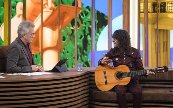 A entrevista que Pedro Bial fez com Luiz Caldas deu o recorde de audiência ao programa do apresentador no Rio (Foto: Gshow)
