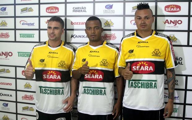 Criciúma apresenta três reforços: Fábio Ferreira, João Vitor e Ivo (Foto: Fernando Ribeiro/Criciúma EC)