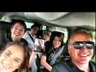 Ticiane Pinheiro viaja em família para Orlando: 'Pé na estrada!'