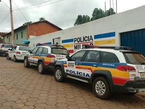 Policiais de Taiobeiras, Fruta de Leite e Padre Carvalho participaram da operação (Foto: Polícia Militar/ Divulgação)