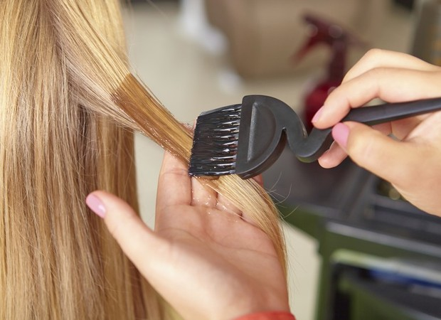 Grávida pode pintar o cabelo? (Foto: Crescer)