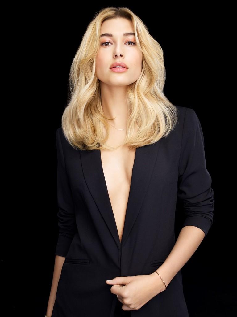 Hailey Baldwin para L'Oréal Professionnel