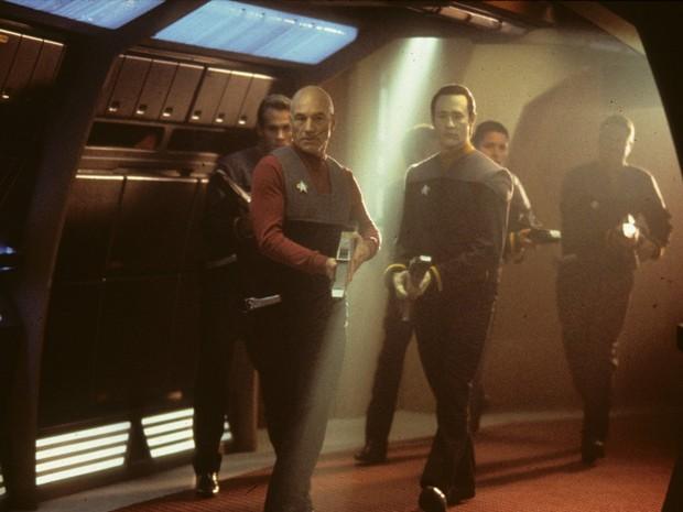 Mais uma vez a Enterprise volta no tempo em 'Jornada nas estrelas - Primeiro contato' (Foto: Divulgação)