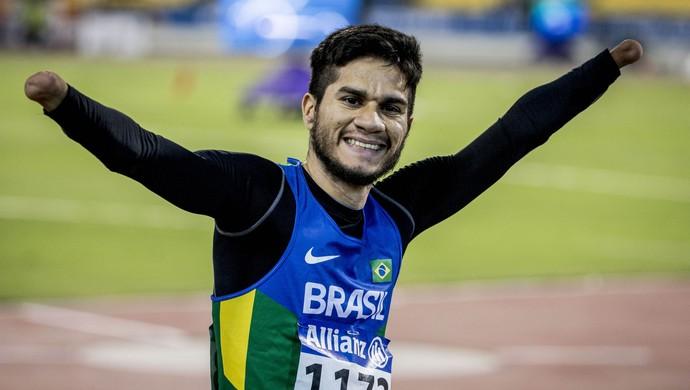 Yohansson conquista o terceiro título mundial consecutivo nos 200m do Mundial Paralímpico de Doha, no Catar (Foto: Daniel Zappe/CPB)