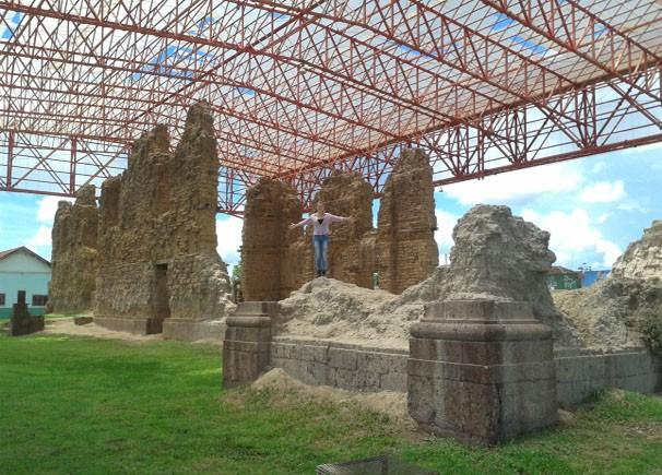 Neste sábado (23) Tharyana Durigon nos mostra a 1° capital do estado, Vila Bela da Santíssima Trindade.  (Foto: TVCA)