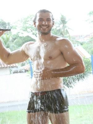 Paulo André Neto é dono de um lava jato (Foto: Beto Ferraz)