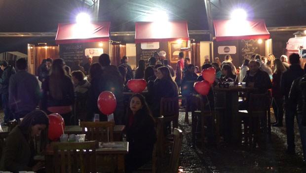 Balões invadiram a Parada Truck, para celebrar o Dia dos namorados (Foto: Divulgação/RPC)