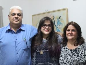 Pais estão confiante na aprovação de Valéria para Medicina, na Uespi  (Foto: Beto Marques)