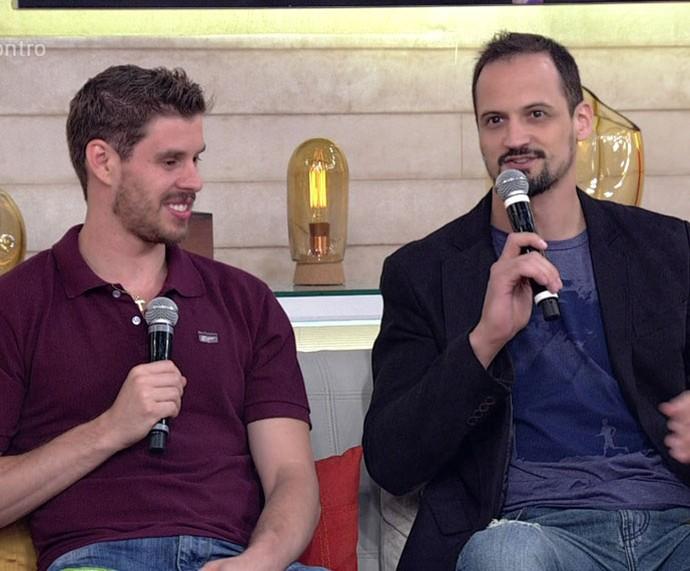 Bruninho e Lipe participam do 'Encontro' (Foto: TV Globo)