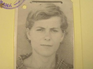 Foto de Derlei Catarina de Luca encontrada nos arquivos do Dops (Foto: Arquivo pessoal)