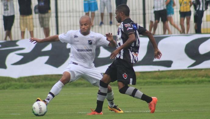 Anderson Pedra ABC x Botafogo-PB (Foto: Fabiano de Oliveira)