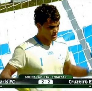 Jovem goleiro, Bruno Henrique Cipriano, agrega ao currículo 'Ghothia Cup' pela base do Cruzeiro (Foto: Bruno Cipriano/Arquivo Pessoal)