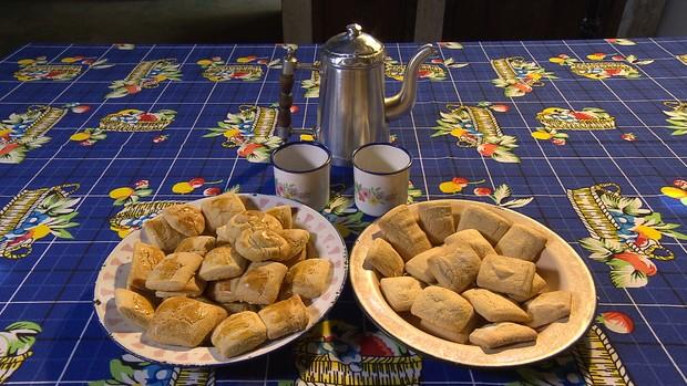 Aprenda a preparar um biscoito tradicional na região da Serra do Cipó ()