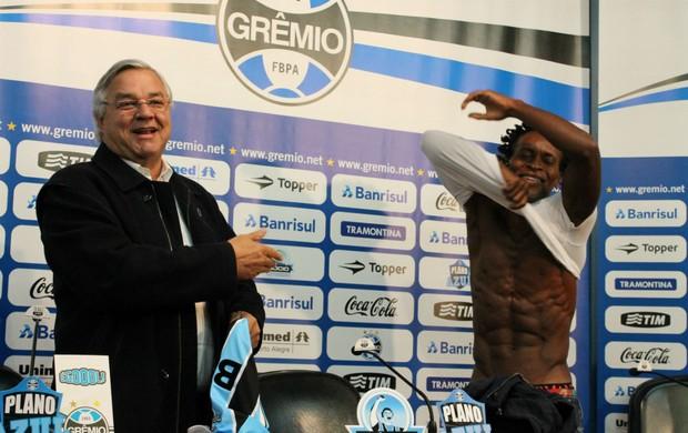 zé roberto grêmio grêmio apresentação odone (Foto: Diego Guichard/Globoesporte.com)