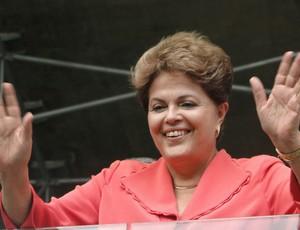 Dilma marca presença na entrega do Mineirão (Foto: Maurício Vieira / Globoesporte.com)