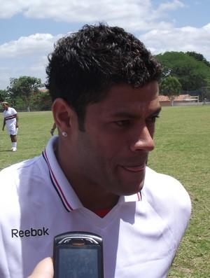 Hulk participou de jogo festivo comandado por Denilson, do São Paulo (Foto: Silas Batista / Globoesporte.com/pb)