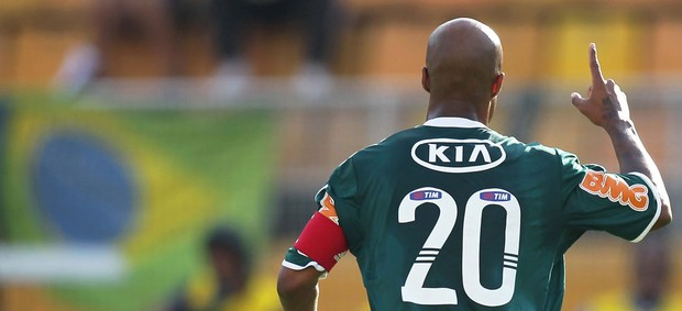 Marcos Assunção gol Palmeiras (Foto: Wagner Carmo / Ag. Estado)