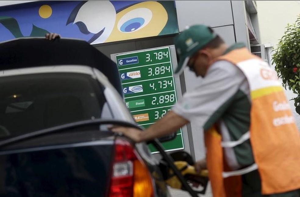 Preço da gasolina no Ceará sobe pela segunda semana seguida