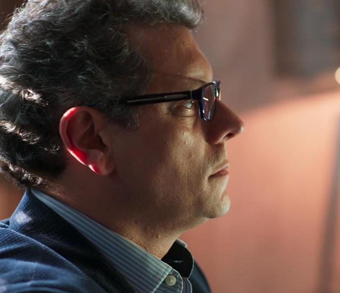 MIguel é pego de surpresa (Foto: TV Globo)