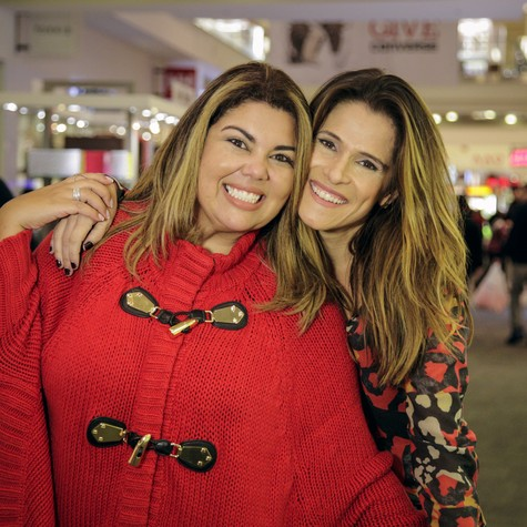 Fabiana Karla e Ingrid Guimarães (Foto: Micael Hocherman)