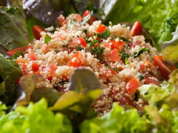 A salada de quinoa é opção para quem quer inovar (Foto: Claudia Dantas/Sesc RJ)