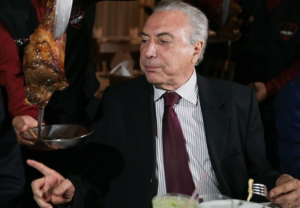 O presidente Michel Temer convidou embaixadores para jantar em uma churrascaria em Brasília, após anúncio de medidas de fiscalização de frigoríficos (Foto: José Cruz/Agência Brasil)
