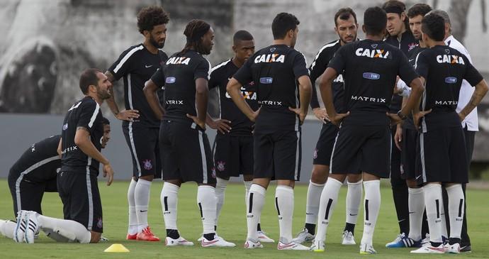 Elenco treino Corinthians (Foto: Daniel Augusto Jr / Agência Corinthians)