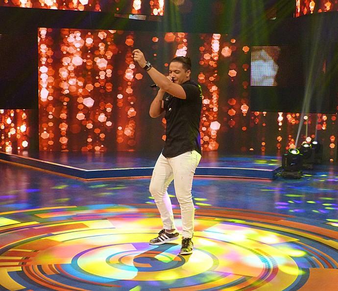 Wesley Safadão se apresenta no palco do Caldeirão do Huck (Foto: Gabriela Bispo / Gshow)