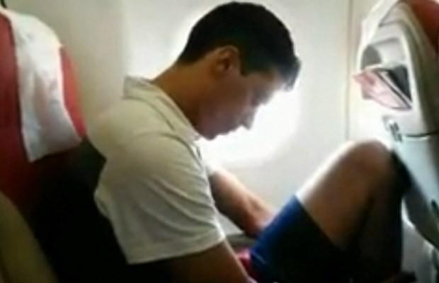 Iterley é trazido em avião de Fortaleza para Goiânia (Foto: Divulgação/ Polícia Civil)