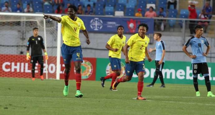 gol de porozo, equador x uruguai (Foto: Reprodução Twitter)