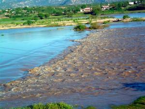 Segundo a Caern, rio Piranhas-Açu tem metade do volume d'água registrado para o período (Foto: Padre Erivan Primo)