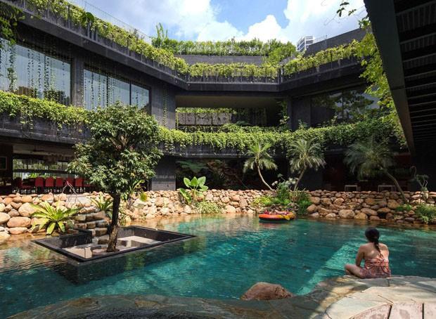 Casa em Singapura tem paisagismo de tirar o fôlego  (Foto: Albert Lim K S/Divulgação)
