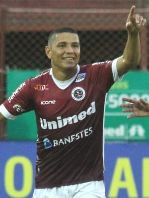 Madison comemorando o gol diante do Vilavelhense (Foto: Henrique Montovanelli/Desportiva Ferroviária)