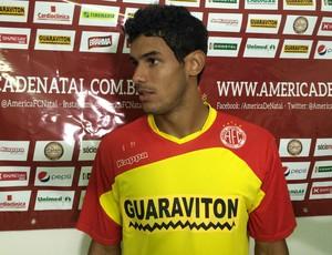 América-RN - Bruno, lateral-esquerdo (Foto: Carlos Cruz/GloboEsporte.com)