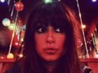 Thaila Ayala exibe piercing na boca