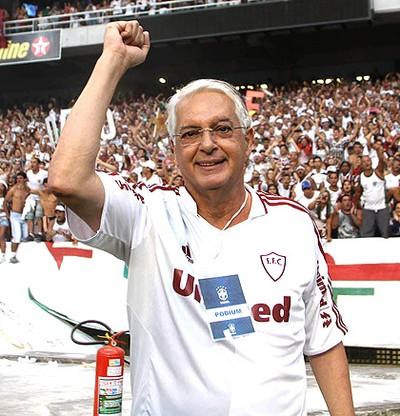 Celso Barros comemora o título do Fluminense (Foto: Ricardo Ayres / Photocamera)